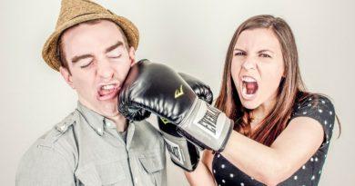 Argument Conflict Controversy  - RyanMcGuire / Pixabay