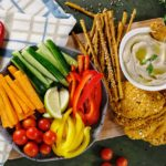 Vegani by si ve své stravě měli dát pozor na nedostatek vitamínu B12 a doplnit ho těmi správnými způsoby
