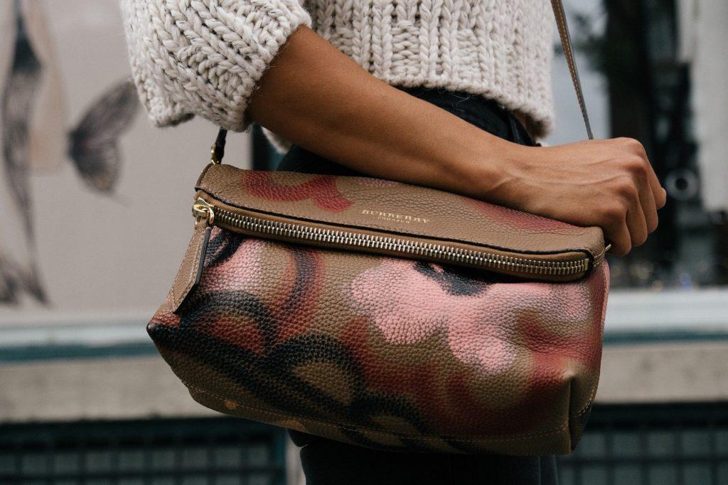 Jak pečovat o kabelku zvnitřní strany