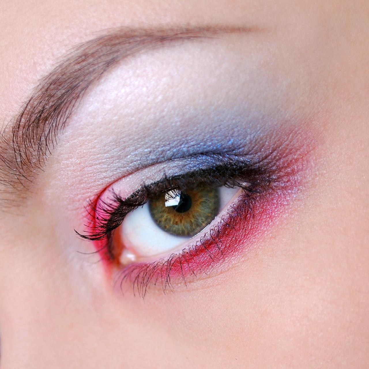 Oční stíny Eye Majic vás nijak neomezí